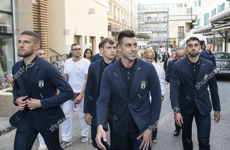 Italy's Stephan El Shaarawy (C) and temmates of the Italian national soccer team during the visit at the 'Bambino Gesu' pediatric hospital in Rome, Italy, 10 October 2019.