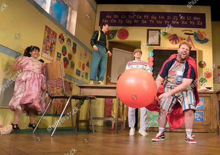 Nancy Zamit as Moon,  Jonathan Sayer as Simon, Henry Shields as Archie, Henry Lewis as Spencer,