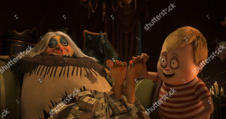 Grandma Addams (Bette Midler) and Pugsley Addams (Finn Wolfhard)