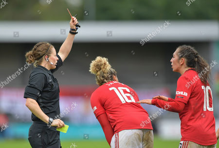 Lauren James of Manchester United Women is shown a red card by James Linington match referee