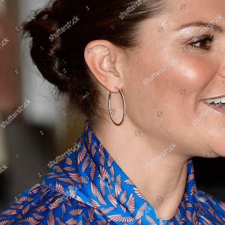Crown Princess Victoria of Sweden, earring detail