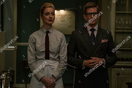 Caitlin Fitzgerald as Simone and Paul Sparks as Howard