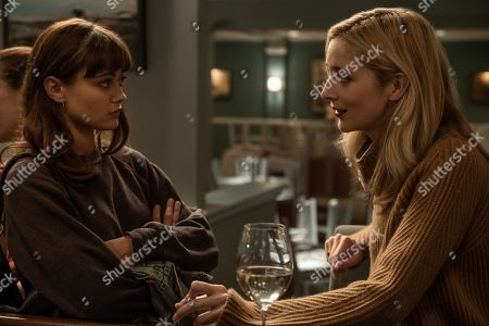 Ella Purnell as Tess and Caitlin Fitzgerald as Simone