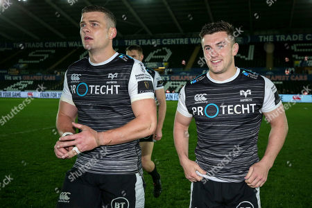 Ospreys vs Benetton Rugby. Ospreys' Scott Williams and Matthew Aubrey celebrate after the game