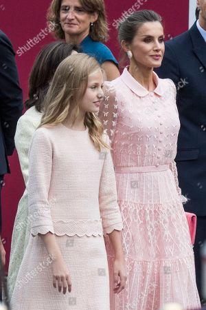 Infanta Sofia and Queen Letizia