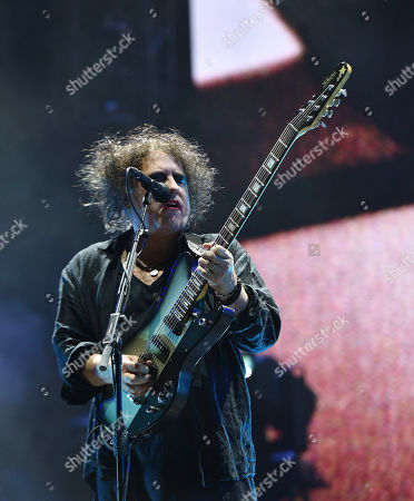 Stock Picture of The Cure - Robert Smith