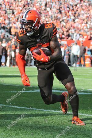 Cleveland Browns wide receiver Jarvis Landry (80) rushes against the Seattle Seahawks during the second half of an NFL football game, in Cleveland
