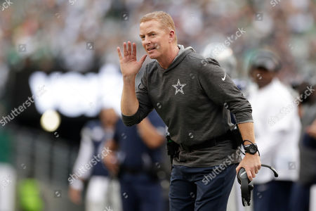 Dallas Cowboys head coach Jason Garrett on the sidelines during the first half of an NFL football game against the New York Jets, in East Rutherford, N.J
