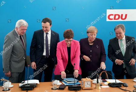 (L-R) Premier of Hesse Volker Bouffier, CDU General Paul Ziemiak, CDU chairwoman and German Defense Minister Annegret Kramp-Karrenbauer, German Chancellor Angela Merkel and North Rhine-Westphalian Prime Minister Armin Laschet talk during a board meeting of the Christian Democratic Union (CDU) at CDU headquarters in Berlin, Germany, 14 October 2019