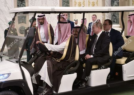 Russian President Vladimir Putin (front C) and Saudi Arabia's King Salman bin Abdulaziz Al Saud (front L) meet in Riyadh, Saudi Arabia, 14 October 2019. Russian President Vladimir Putin pays a state visit to Saudi Arabia.
