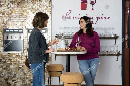 Tara Lynne Barr as Laura Meyers and Michaela Watkins as Valeria Meyers