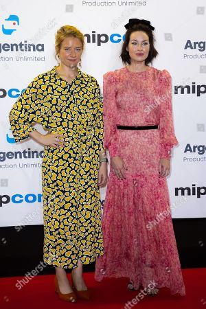 Stock Image of Genevieve Barr and Maima McCoy