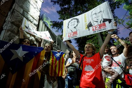 Editorial picture of Protest outside Spanish embassy in Mexico for sentencing to Catalan leaders, Mexico City - 15 Oct 2019