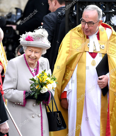 Queen Elizabeth II and The Very Reverend John Hall