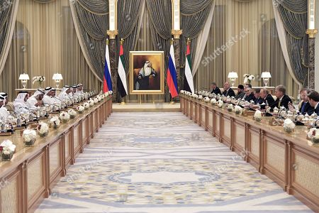 General view of a meeting of Abu Dhabi's Crown Prince Sheikh Mohammed bin Zayed Al Nahyan (4-L) and Russian President Vladimir Putin (4-R) with Russian and the UAE businessmen at the Qasr Al Watan palace in Abu Dhabi, United Arab Emirates, 15 October 2019. Russian President Vladimir Putin is on a state visit to UAE.