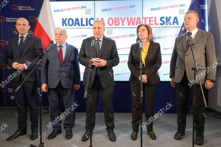 (L-R) Borys Budka, Bogdan Borusewicz, Grzegorz Schetyna, Malgorzata Kidawa-Blonska and Tomasz Siemoniak from Civic Platform (PO) attend a press conference in Warsaw, Poland, 15 October 2019. In the election to the Sejm (lower house) on 13 October, the conservative PiS received 43.59 percent of the vote, the centrist Civic Coalition (KO), led by the Civic Platform (PO), received 27.4 percent. The Left, a coalition of three left-wing parties, running under the Democratic Left Alliance (SLD) party banner, was supported by 12.56 percent. The agrarian Polish People's Party (PSL), which ran together with the right-wing Kukiz'15 movement, was supported by 8.55 percent of voters. The far-right Confederation was backed by 6.81 percent of voters. The German Minority will have one mandate. PiS lost its majority in the 100-seat Senate Senate (upper house), winning 48 seats. KO secured 43 mandates, PSL won 3 and SLD took 2. The four remaining seats went to independent candidates. The newly elected Sejm and Senate will hold their first sittings on 12 November at the latest.