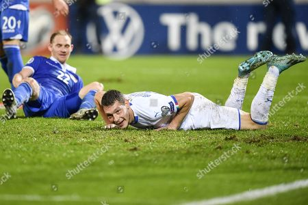 Italy's Andrea Belotti (R) reacts after scoring during the UEFA Euro 2020 qualifying, Group J soccer match between Liechtenstein and Italy in Vaduz, Liechtenstein, 15 October 2019.