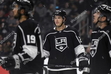 Los Angeles Kings right wing Dustin Brown, center, during an NHL hockey game against the Vegas Golden Knights, in Los Angeles