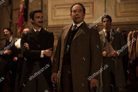 Thomas Soliveres as Edmond Rostand, Olivier Gourmet as Constant Coquelin and Tom Leeb as Leonidas Leo Volny