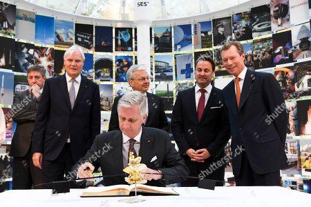 Jan Jambon, Elio Di Rupo, Grand Duke Henri of Luxembourg, King Philippe at the Societe Europeenne des Satellites