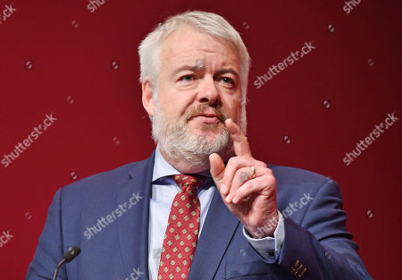 Carwyn Jones . Labour Party Conference Liverpool Merseyside.- Carwyn Jones First Minister Of Wales Speaks To Party Delegates At The Liverpool Exhibiton Centre.  - 24/9/18.