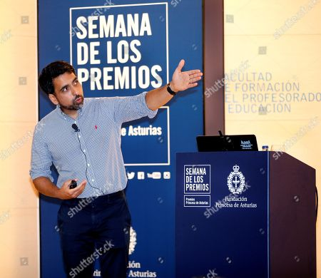 US mathematician and engineer Salman Khan delivers a speech during a meeting with students at the Faculty for Teacher Formation of the University of Oviedo in Spain, 16 October 2019. Salman Khan will receive the 2019 Princess of Asturias Award for International Cooperation in the handover ceremony that will be held in Oviedo on the upcoming 18 October.