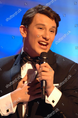 Stock Image of 'Stars in Their Eyes: Kids' TV - 2006. Jos Slovick performs as Dean Martin.