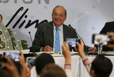Mexican billionaire Carlos Slim takes questions from the journalists during a news conference at his office in Mexico City,. Slim says he supports President Andrés Manuel López Obrador's objectives
