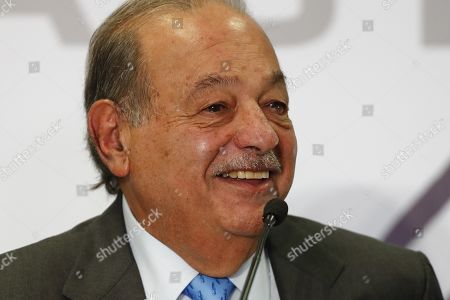 Mexican magnate Carlos Slim speaks during a press conference in Mexico City, Mexico, 16 October 2019. Slim whipped his competitors, the US AT&T and Spain's Telefonica for not investing or offering quality services and instead demanding a subsidy from one of his companies.