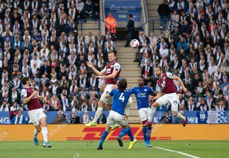 Chris Wood of Burnley scores a goal past Kasper Schmeichel goalkeeper of Leicester City, 0-1