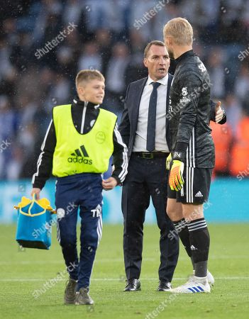 Brendan Rodgers manager of Leicester City talks with Kasper Schmeichel goalkeeper  of Leicester City at full-time