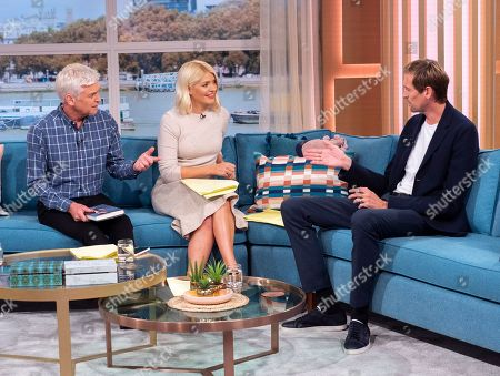 Stock Photo of Phillip Schofield and Holly Willoughby with Peter Crouch