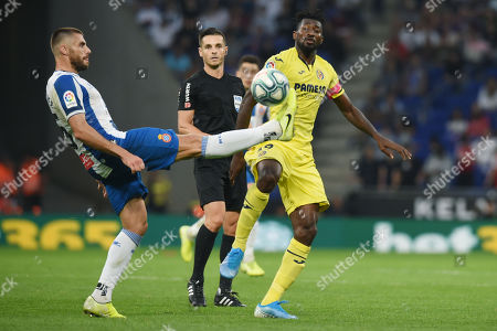 David Lopez of RCD Espanyol and Franck Zambo Anguissa of Villarreal CF