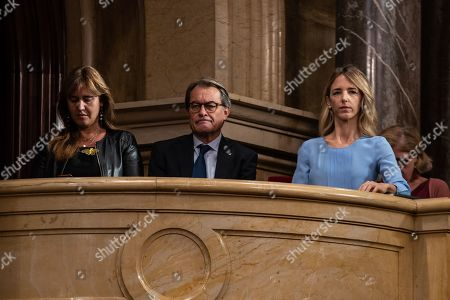 Laura Borras, Artur Mas i Gavarro and Cayetana Alvarez de Rivera during the plenary session