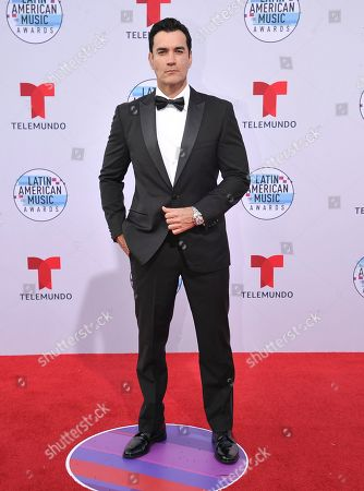 David Zepeda arrives at the Latin American Music Awards, at the Dolby Theatre in Los Angeles