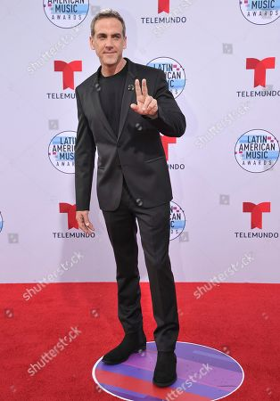Carlos Ponce arrives at the Latin American Music Awards, at the Dolby Theatre in Los Angeles