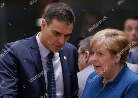 Spanish Primer Minister Pedro Sanchez (L) and Germany Chancellor Angela Merkel at second day of an EU summit in Brussels, Belgium, 18 October 2019. The European Union (EU) and the British government have reached a tentative Brexit deal that still must be ratified.