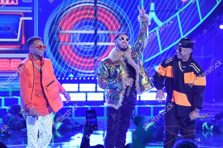 Ozuna, Anuel AA, Daddy Yankee. Ozuna, from left, Anuel AA and Daddy Yankee perform at the Latin American Music Awards, at the Dolby Theatre in Los Angeles