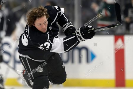 Los Angeles Kings' Tyler Toffoli (73) warms up before the start of an NHL hockey game against the Buffalo Sabres, in Los Angeles