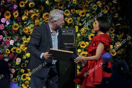 Aidan Quinn and Lucy Liu