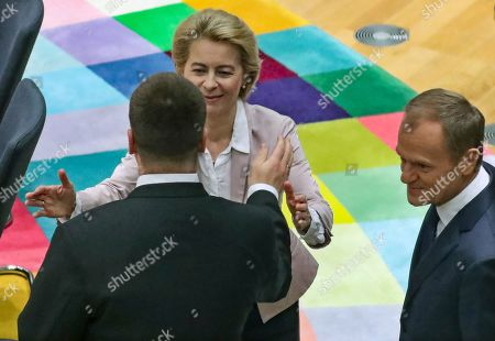 President-elect of the European Commission Ursula Von der Leyen (back) and European Council President Donald Tusk (R) attend the second day of a EU Summit in Brussels, Belgium, 18 October 2019. The European Union (EU) and the British government have reached a tentative Brexit deal that still must be ratified.