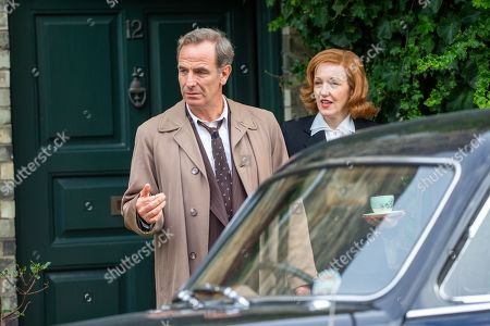 Stock Photo of Robson Green and Kacey Ainsworth