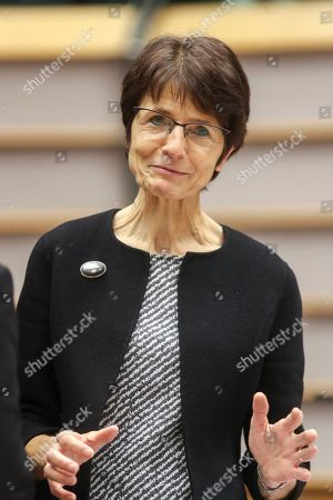 Marianne Thyssen at a plenary session with the President of the European Investment Bank to renew calls for the EIB to to better prioritise climate and the environment.
