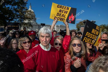 Sam Waterston, Jane Fonda. Sam Waterston, center, and Jane Fonda, front left, march during a rally on Capitol Hill in Washington,. A half-century after throwing her attention-getting celebrity status into Vietnam War protests, Fonda is now doing the same in a U.S. climate movement where the average age is 18. (AP Photo/Manuel Balce Ceneta) Washington, Friday, Oct. 18, 2019