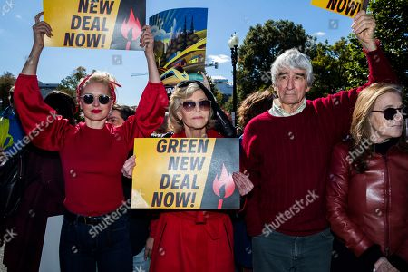 Sam Waterston, Jane Fonda. Sam Waterston, second from right, and Jane Fonda, second from left, march during a rally on Capitol Hill in Washington, . A half-century after throwing her attention-getting celebrity status into Vietnam War protests, Fonda is now doing the same in a U.S. climate movement where the average age is 18. (AP Photo/Manuel Balce Ceneta) Washington, Friday, Oct. 18, 2019