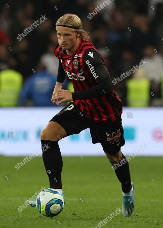 Wesley Sneijder. Nice's Kasper Dolberg controls the ball during the French League One soccer match between Nice and Paris Saint Germain in Allianz Riviera stadium in Nice, southern France, Friday, Oct.18, 2019