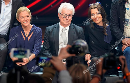 (L-R) Norwegian author Maja Lunde, British author Ken Follett and Turkish author Elif Shafak attend a photocall at the book fair Frankfurter Buchmesse 2019, in Frankfurt am Main, Germany, 19 October 2019. The 71st edition of the international Frankfurt Book Fair, described as the world's most important fair for the print and digital content business, runs from 16 to 20 October and gathers authors, writers and celebrities from all over the world. This year's Guest of Honour country is Norway.