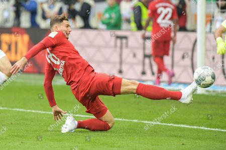 Leon Goretzka (FC Bayern Muenchen #18), FC Augsburg - FC Bayern Muenchen, Bundesliga, 19.10.2019