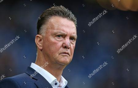 13.10..2019, Football Abschiedsspiel Rafael van Vaart, Rafa's HSV Stars - Rafa's All Stars Volksparkstadium Hamburg. Trainer Louis van Gaal (Rafa's All Stars)