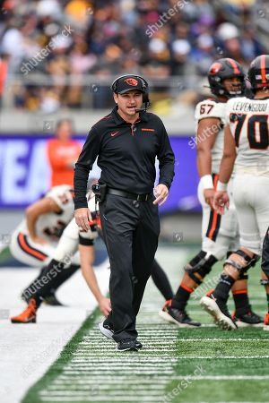 Stock Image of Oregon State Beavers head coach Jonathan Smith on the sideline during the NCAA football game between the Oregon State Beavers and the California Golden Bears at California Memorial Stadium in Berkeley, California